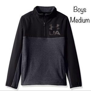 Boys Under Armour  1/4 zip pullover fleece M